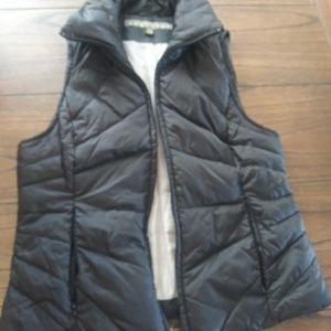 Kenneth Cole reaction zip up vest